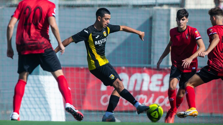 El CD Roda Juvenil B saca un empate ante el Hércules